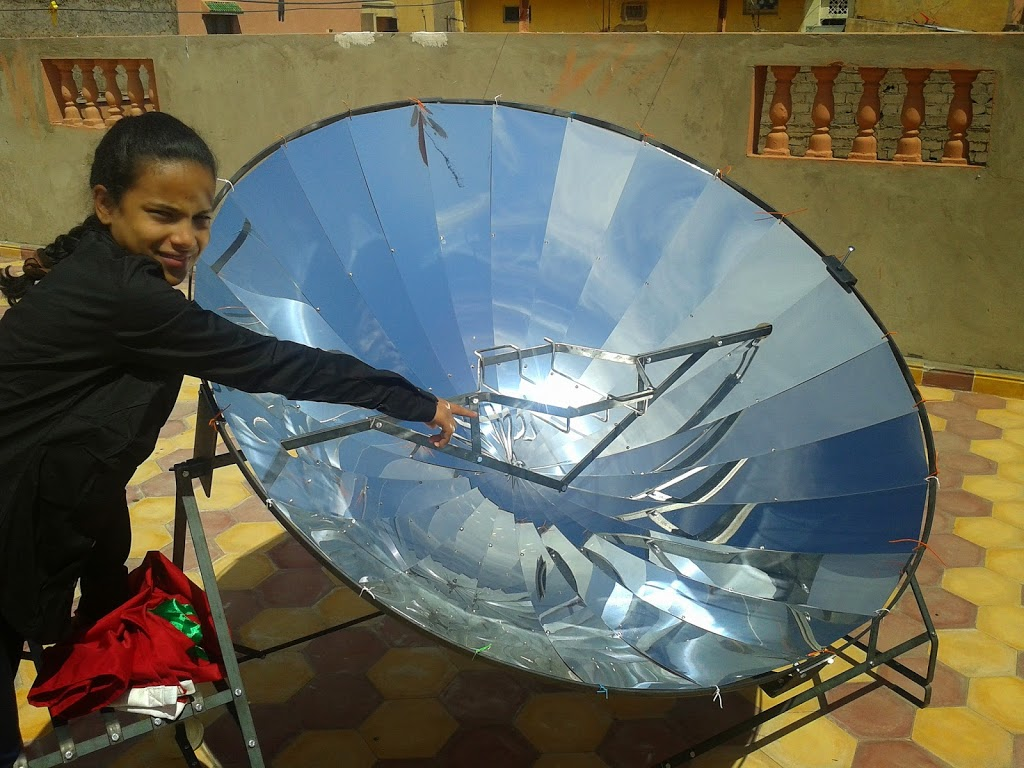 Parabolic Solar Reflector Cooking – Clean and Green