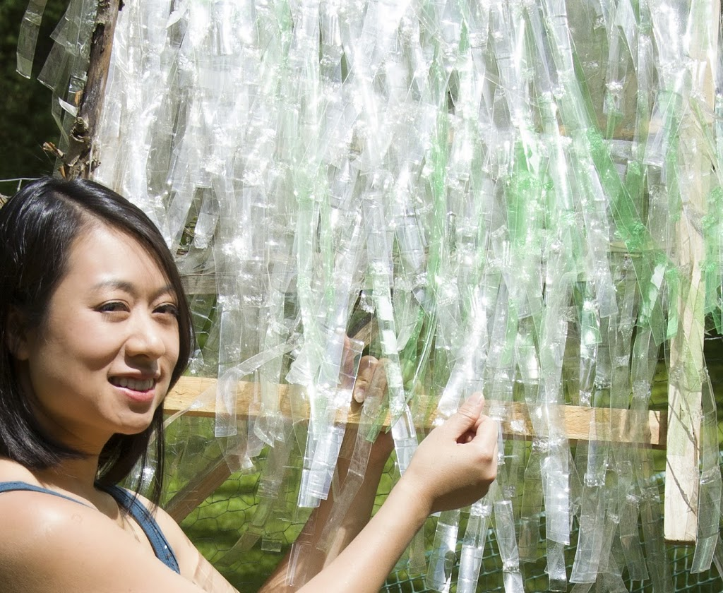 Plastic Thatch – An Eco-Roof Overhead