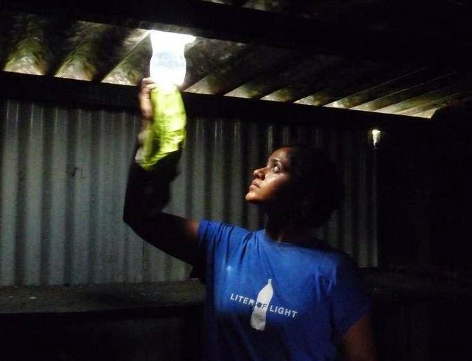 Solar Bottle Light Bulbs: Free Light!